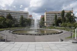 Plac na Rozdrożu wygodniejszy dla pieszych i rowerzystów