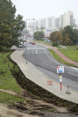 Rozbudowa chodnika przy ulicy Świderskiej - przy moście Marii Skłodowskiej - Curie