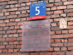 Tablice informacyjne o obiektach zabytkowych Pragi